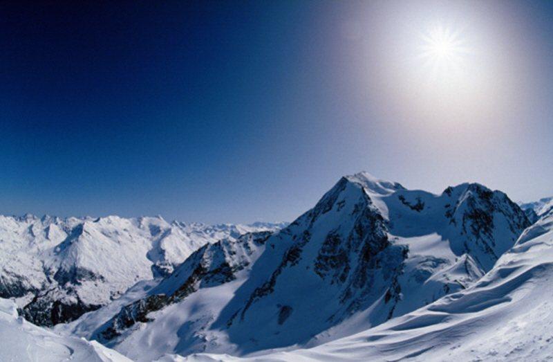 Altitude Sickness, Mount Everest